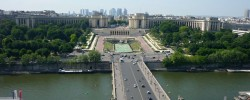 Palais de Chaillot pohled z Eiffelovky